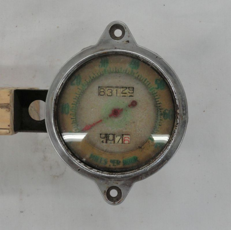 Picture of Unknown Speedometer
