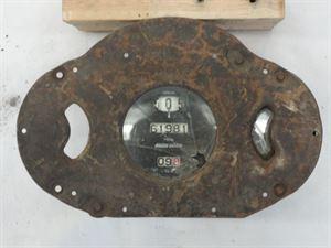 Picture of Stewart Warner Speedometer +2 unidentified clusters