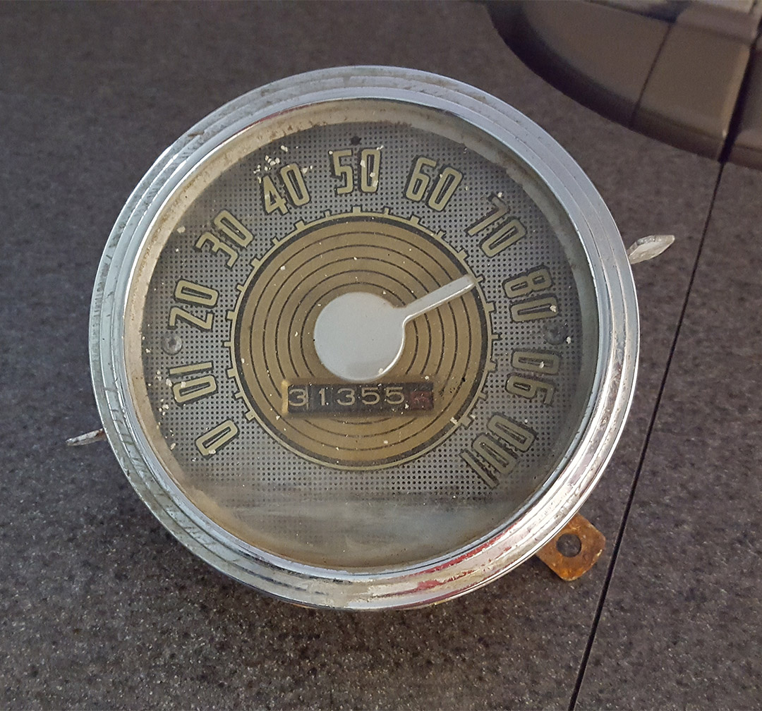 Picture of 1947-48 Ford Super Deluxe Speedometer